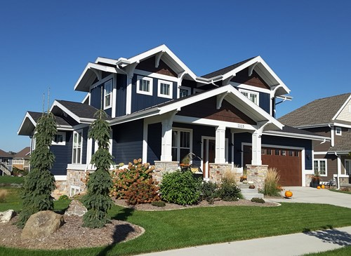 From Bungalow To Colonial Style Chris Cook Homes Chooses Lp