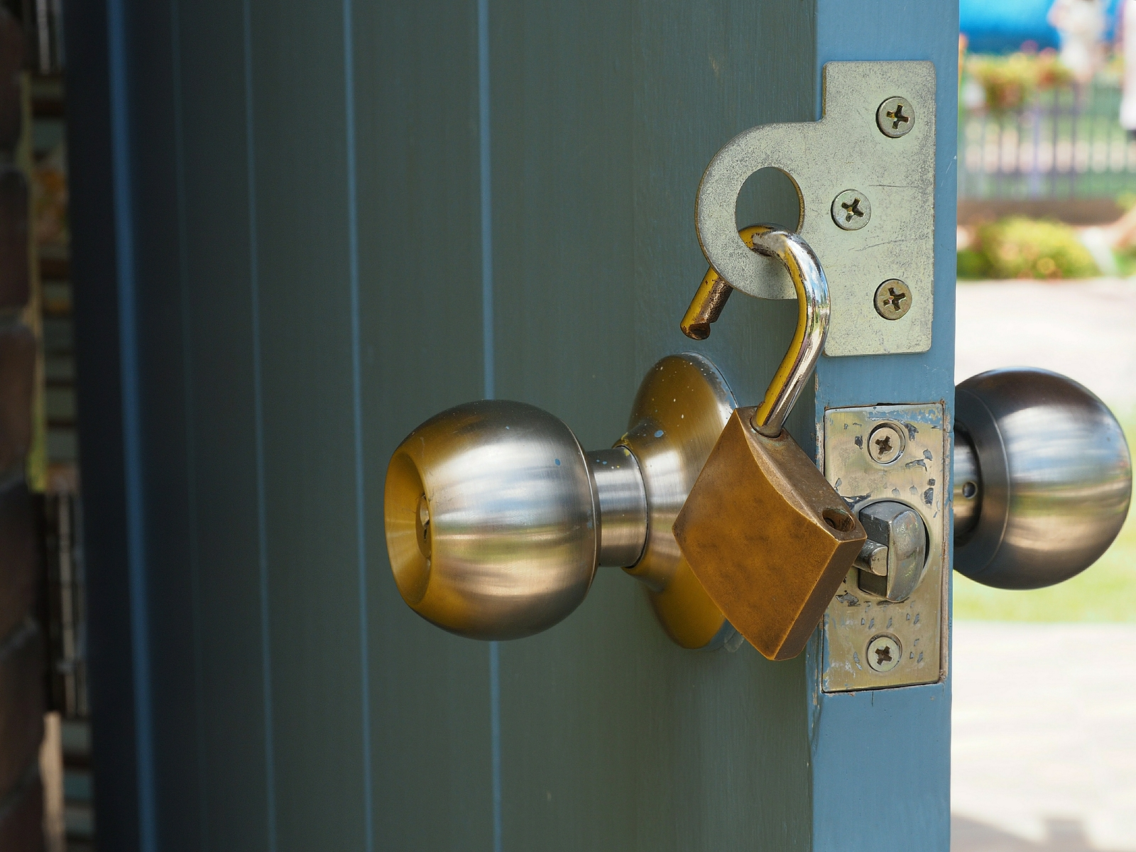Securing Your Shed: 5 Ways to Stop Theft