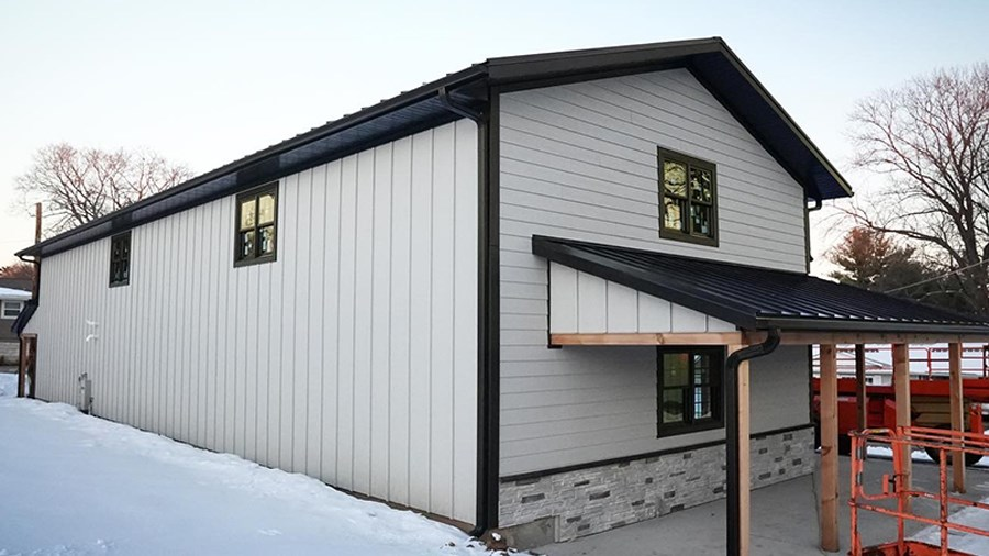 Kyle Stumpenhorst of RR Buildings uses LP SmartSide Trim & Siding for efficiency and durability.
